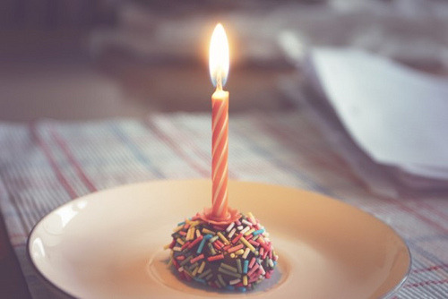 jihyoo:  happy birthday by Romeika Cortez on Flickr.