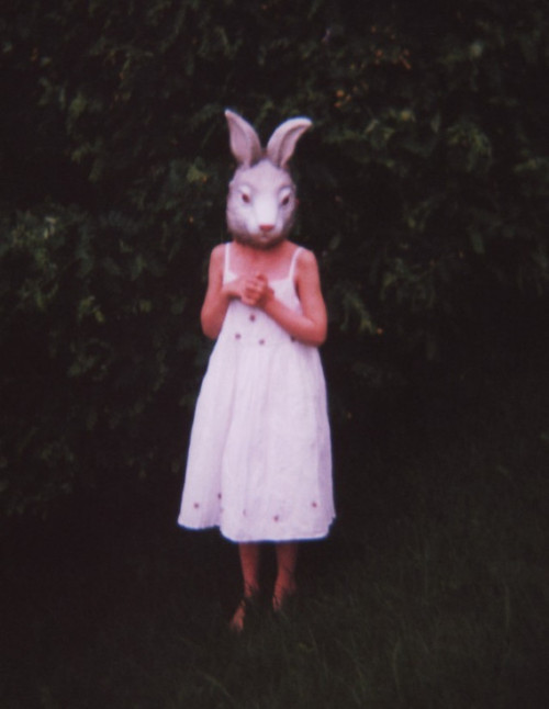 Pamela Klaffke, photograph, cuniculus (rabbit), of girl in bunny mask