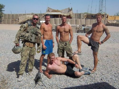 randydave69:  sequelguerrier:  Squaddie display  Meet me in my tent all of you! Dave http://randydave69.tumblr.com/archive or my blog: http://randydave69.tumblr.com/