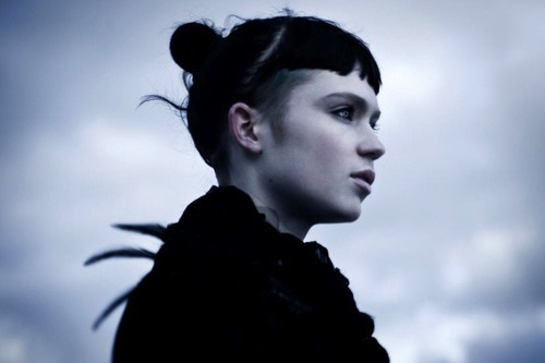 "boy-with-one-eye:  Video: Grimes – ""Nightmusic"""