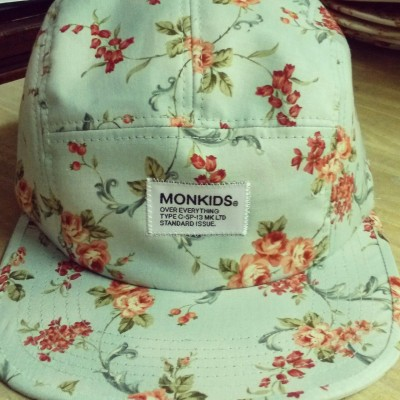 monkids 5panel cap floral pattern series.  mint flower.  only in seoul now.