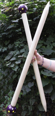 knittedcreations:  SALE-Large Knitting Needles, SMOOSH STIX, Made for Smoosh Yarn. by ColorwaysGallery (39.00 USD) http://ift.tt/1y9ByyV  O_O I want!