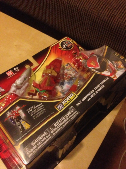 First MegaForce toy purchase of many to come. So it begins…