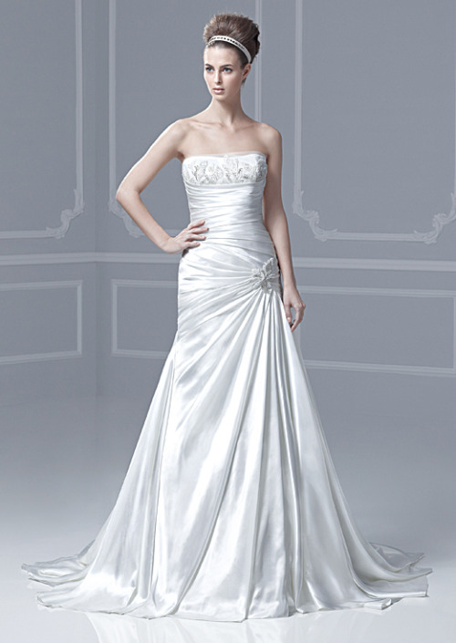 "Blue by Enzoani, 2013 collection, style ""Fabius""."