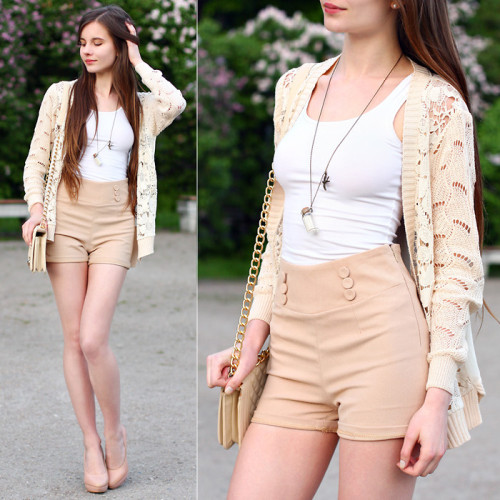 lookbookdotnu:  Beige look (by Ariadna Majewska)