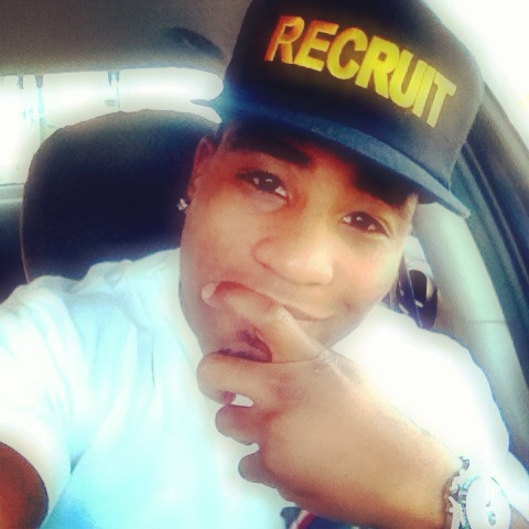 """Recruit SnapBack"" straight from the thrift"