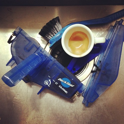 Espresso & clean chain..  (at Appartmento Wongolini)
