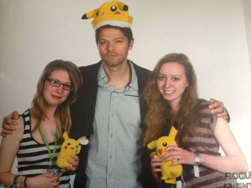 croninsingsitfromtheheart:  Photo Op with Misha that was on Saturday :)
