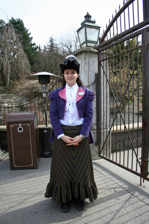 strangeandwonderousdreamsphotos:  Phantom Manor Cast Member