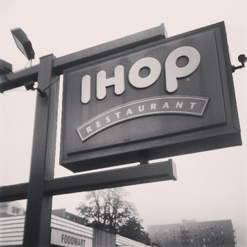 Nice to walk the hood in the am #ihop #swag #bogiemission
