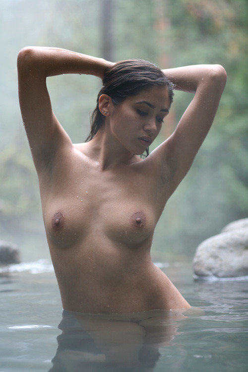 titillate-me:  hot springs by ms-photo