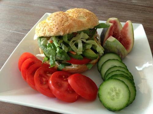 melanie-is-healthy:  Lunch