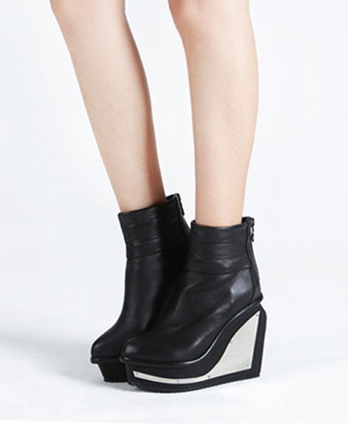 what-do-i-wear:  Black Metal Detailed Wedge Heel Boots with Zip Closure available from Chicnova