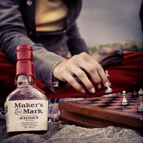 Only a nice bottle of Maker's Mark can turn a cold and cloudy day into a beach day. @makersmark #makersmark #whiskey #whisky #beverage #drink #alcohol #beach #california #californialove #california_igers #cali_igers #igerssandiego #sandiego #imperialbeach #chess #webstagram #adventureduo #bestofday #picoftheday #photooftheday #instagood #instagreat #instagramers #instagramhub #instagrammers #instamood #like