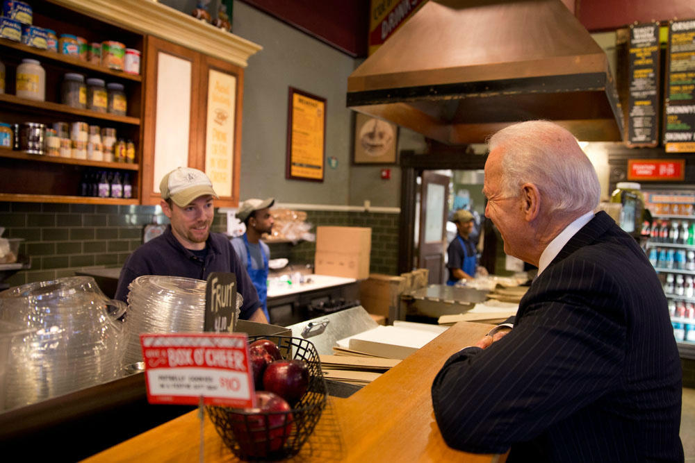 """It's meatball with provolone.""- Joe Biden, ordering sandwiches for his staff @Potbelly today in DC. (WH Photo-D. Lienemann)"