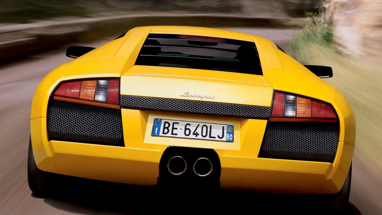 Lamborghini murcielago on hd wallpapers from http://www.hotszots.eu/Lamborghini/WallpaperBackgroundsLamborghini7.htm