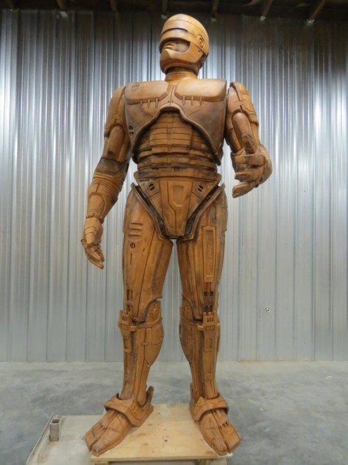 Hey Detroit, here's your brand new Robocop statue before it's turned into bronze The above statue model was made by 3D-scanning a smaller model of Robocop, then enlarging it and manufacturing individual pieces from foam, wax, clay, and steel. It will ultimately be cast by a local Detroit bronze works, and several sites have been proposed, though as of early 2013 the creators hadn't made a final decision. Via