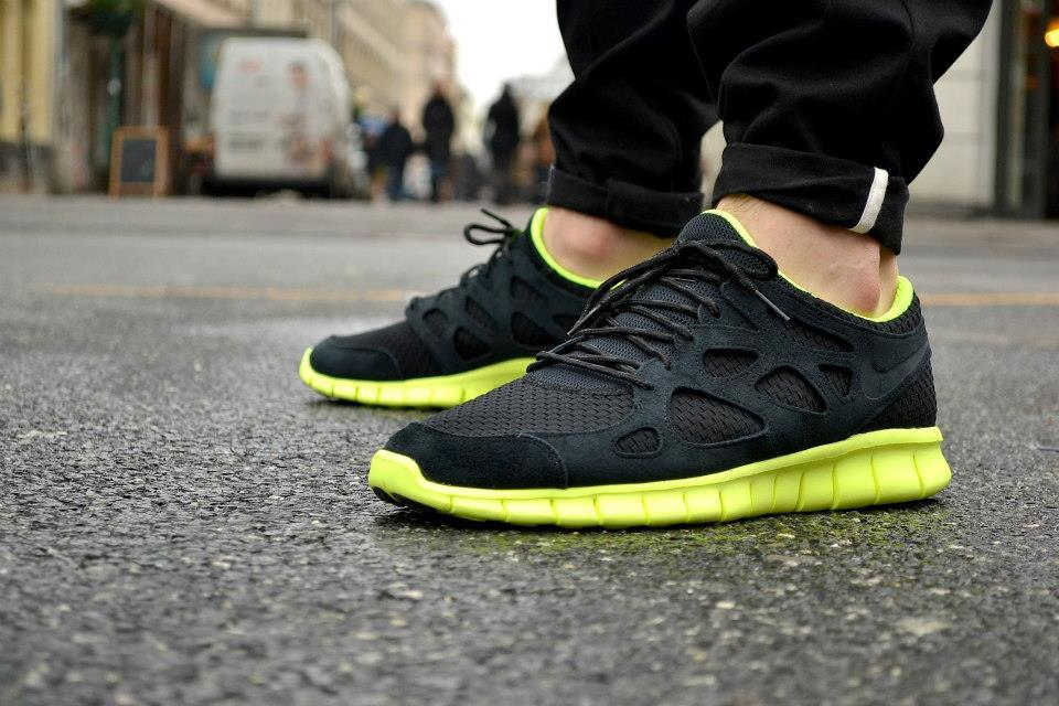 sweetsoles:  Nike Free Run+ 2 Woven - Black/Volt (by chmielna20)