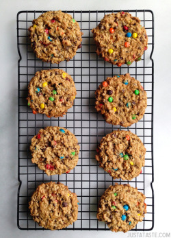 do-not-touch-my-food:  Monster Cookies