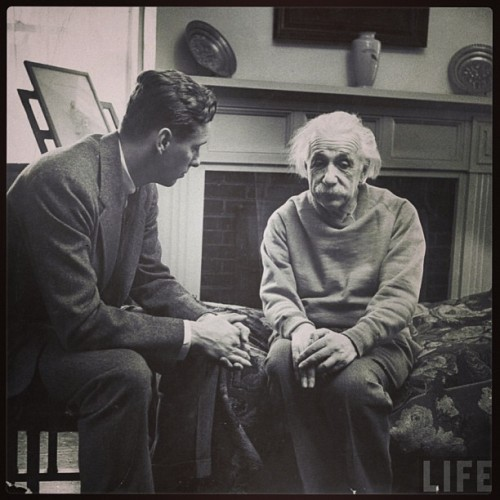 dontecollinsthepoet:  Einstein and his therapist.