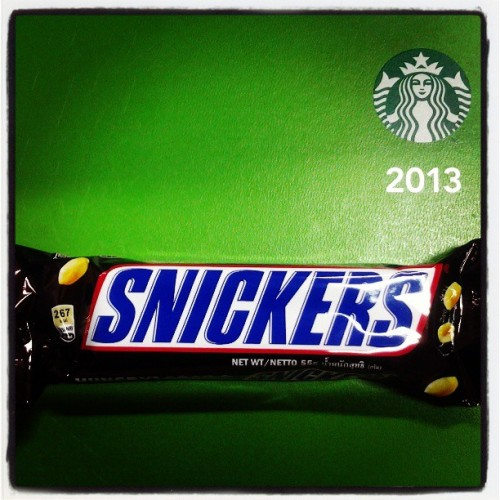 Hungry? Grab some #snickers for work break :-) #snickers #chocolate #hungry #food #happypill #foodstagram #foodporn #work #break #snack #pinoy (at Planning and Development Office, LGU Mangaldan)
