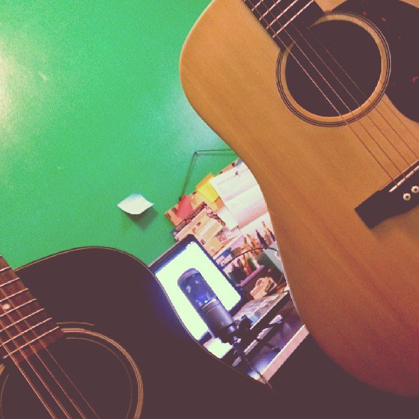 Jamming with the bestie <3 :) #jamming #guitars #besties #fun #microphone #bff