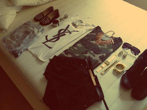 Fashion.. on We Heart It. http://weheartit.com/entry/48070601/via/Nanin