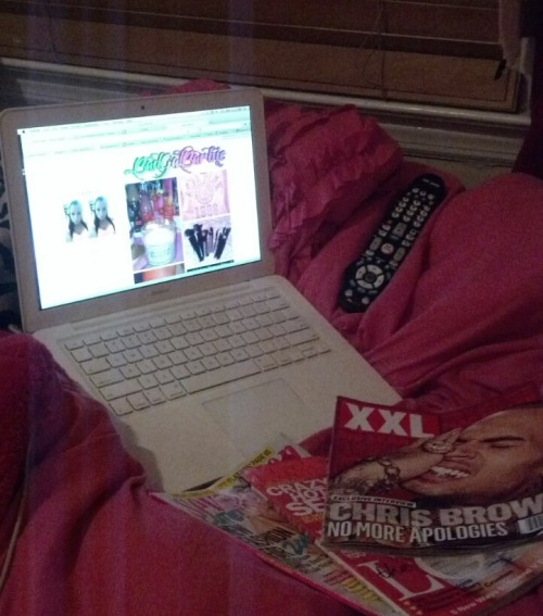 badgalbarbie:  Literally what my life looks like every night lol… tumblr, magazines, and tv!