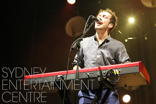 Ben Lovett of Mumford & Sons performs at the Sydney Entertainment Centre on 18th October 2012. Photo courtesy of the Sydney Entertainment Centre.