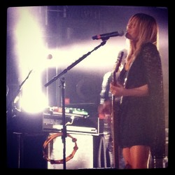 Grace Potter rocking out on guitar.