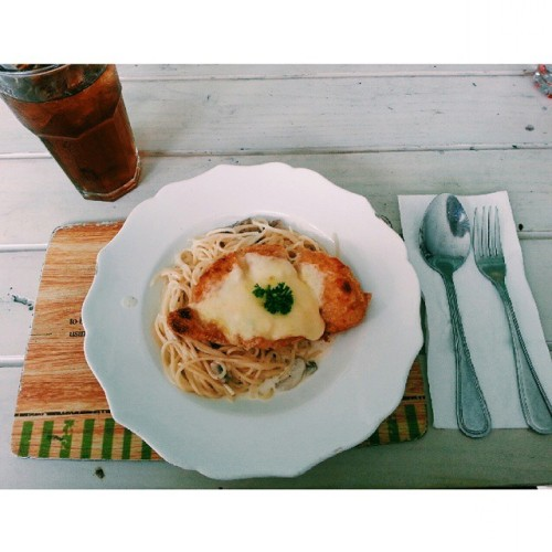 My favorite pasta :3 #instafood #pasta #chickenkatsu #foodgasm #pokoknyathebestbangetdeh (at Nanny's Pavillon - Terrace)