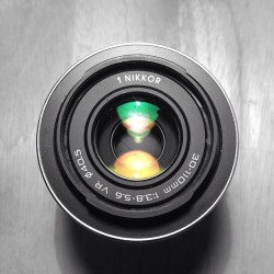 tumblingmachine:  Tryin to be a little creative #Nikon #photography #lens #2Chainz #camera #blackandwhite