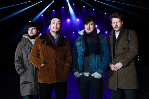 sisterdontletgo:  lordofthehar:  mumfordandsonsblog:  Mumford & Sons, as captured by Phil Smithies (Website/Flickr/Facebook).  oh hot damnnn  the jacket with no owner