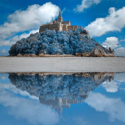 Wintry Blue Reflections of Mont Saint-Michel by *somadjinn
