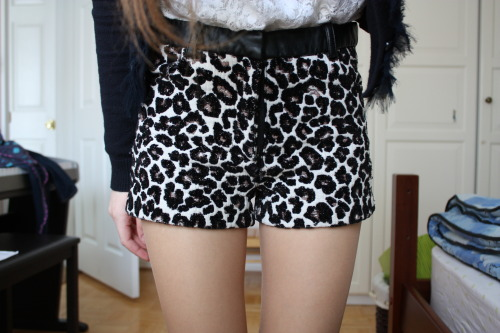 attract1ve:  These shorts >