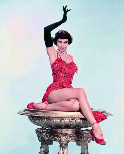 Cyd Charisse…and her 5 million dollar legs! YUMM