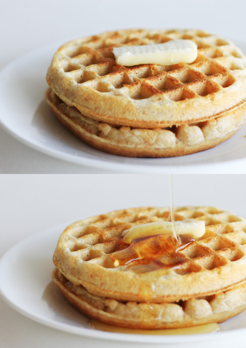neekaisweird:  Wafflin' about (by shuzhens)