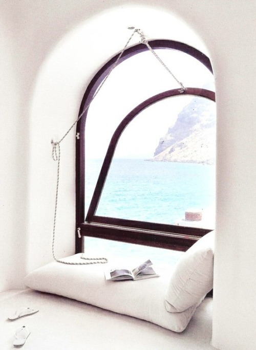 Reading Alcove, Santorini, Greece photo via beatriz