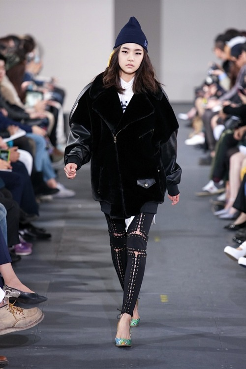 stylekorea:  KYE F/W 2013 at Seoul Fashion Week