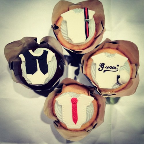 Welcome your #babyboy in #style @gucci #onesie #cupcakes for the #baby #fashionista in your life! #gucci #fashion #cute #babyshower #trendy