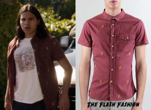 Best Looks from The Flash Fashion Cisco