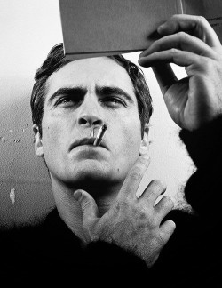 septembersiix:  Smoking Session N#16 Joaquin Phoenix
