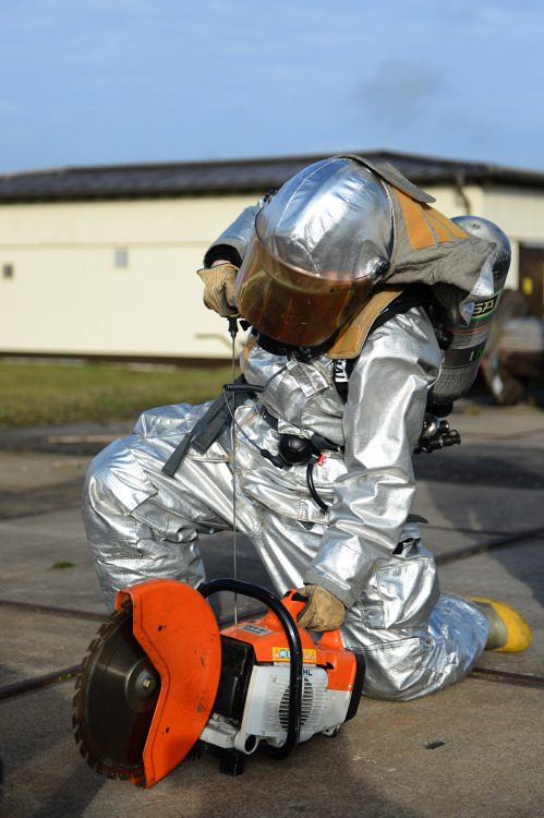 dontrblgme:  Firefighters train for emergency egress (via Official U.S. Air Force)