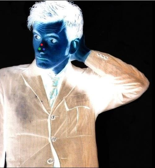 Stare at the red dot for 30 seconds and then, Blink! Tennant on ya mind?