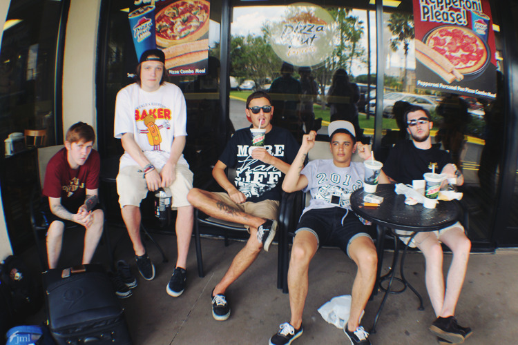 hystericas:  the last of the taco bells for neck deep. come back soon guys.