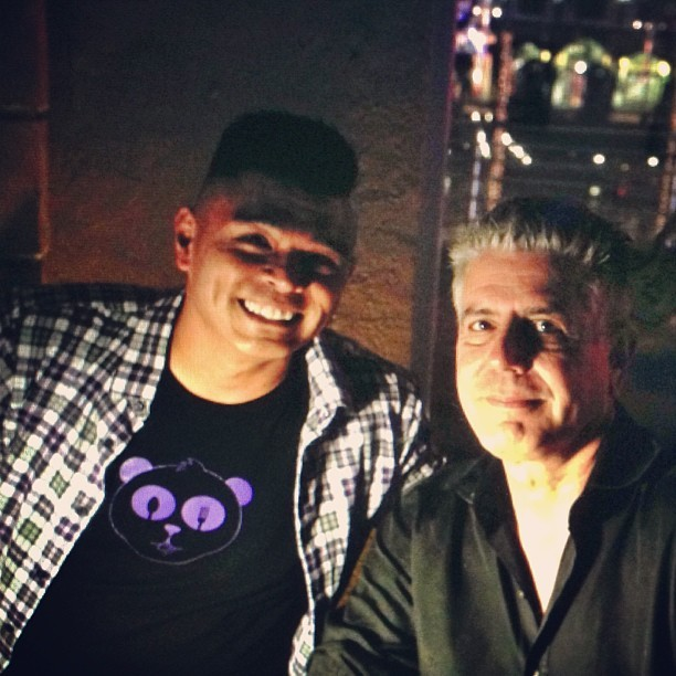 Great to meet you Mr. @AnthonyBourdain !! awesome @BourdainTour show in #Orlando #TeamDroolius  (at Hard Rock Live Orlando)