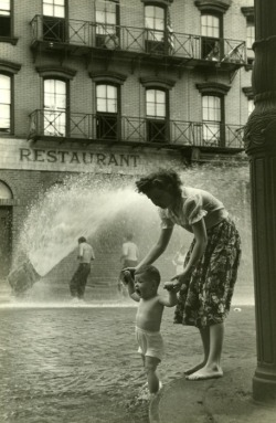by Ruth Orkin, mother and child