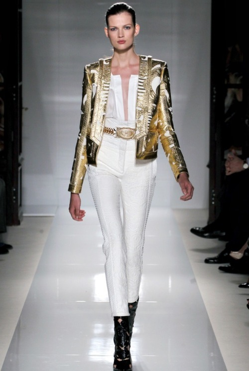 kali-st0le-my-heart:  Model: Bette Franke - Balmain Spring 2012 RTW