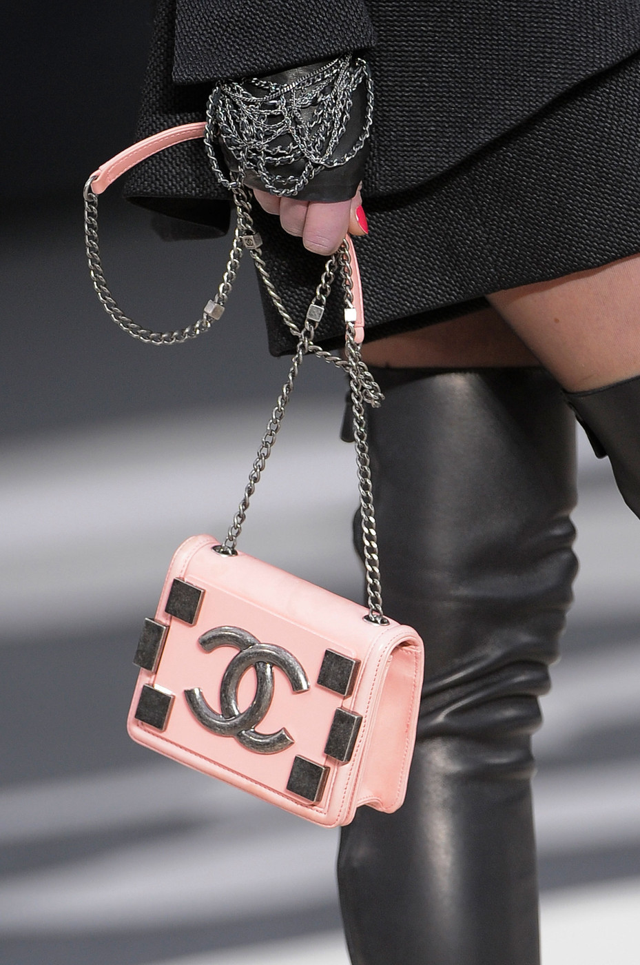 fashioninquality:  Chanel Fall Winter 2013 | PFW