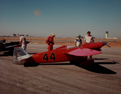 Judy Ragner with plane 44 (by San Diego Air & Space Museum Archives)